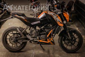 Ktm duke 200 учебный мотоцикл