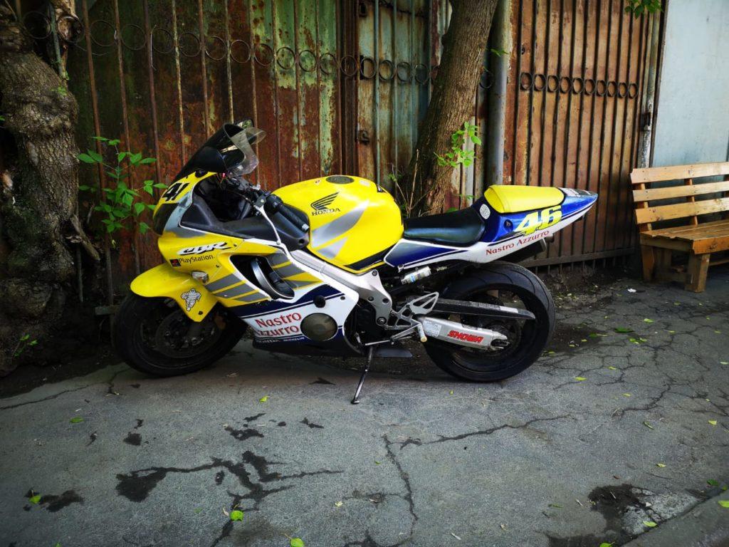 Honda cbr 600 f4i продвинутый кур экстремальное вождение мотоцикла